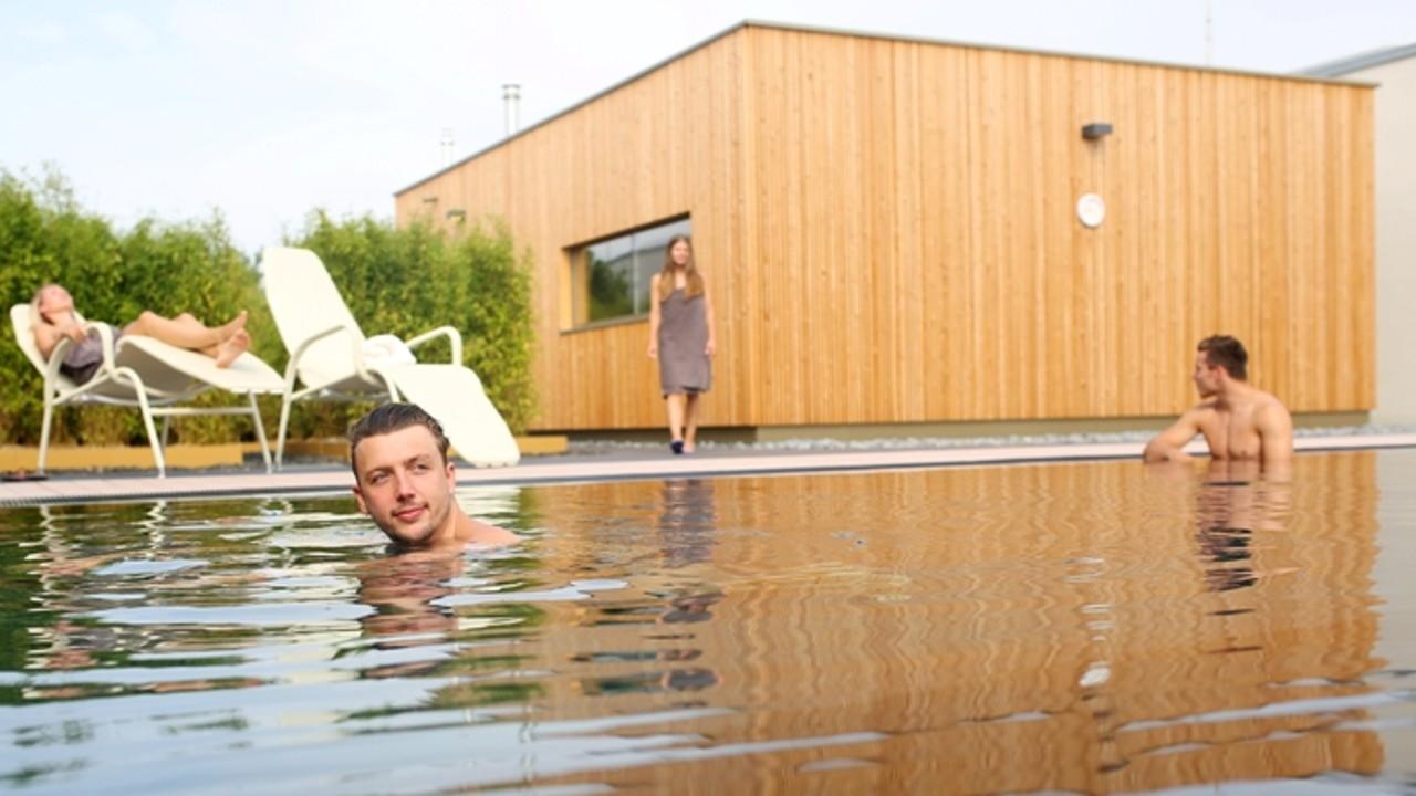 BLP_blu_sauna_dachgarten_Ausschwimmbecken , © Kathleen Friedrich