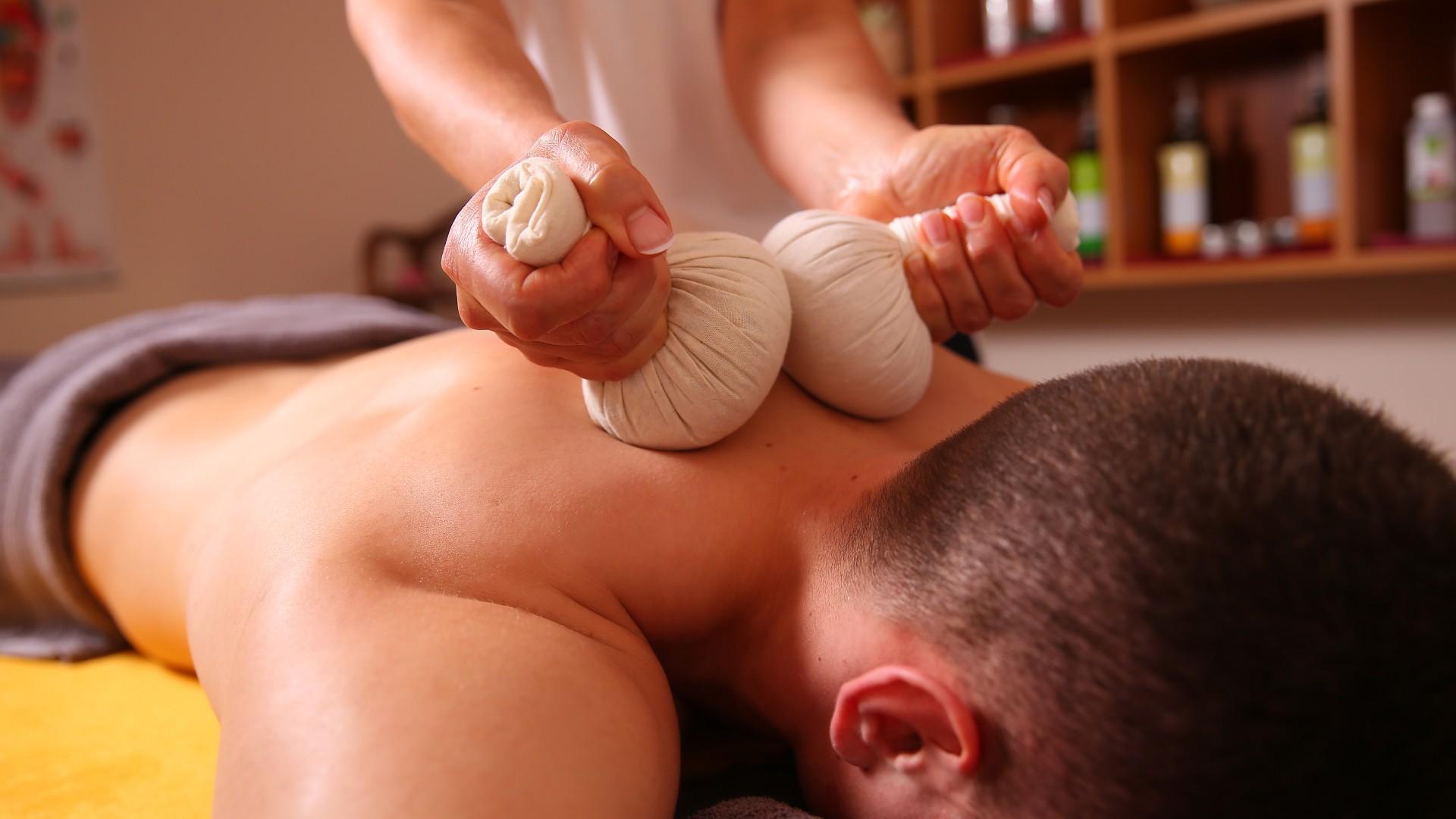 Nackenmassage im Kiezbad Am Stern, © Kathleen Friedrich