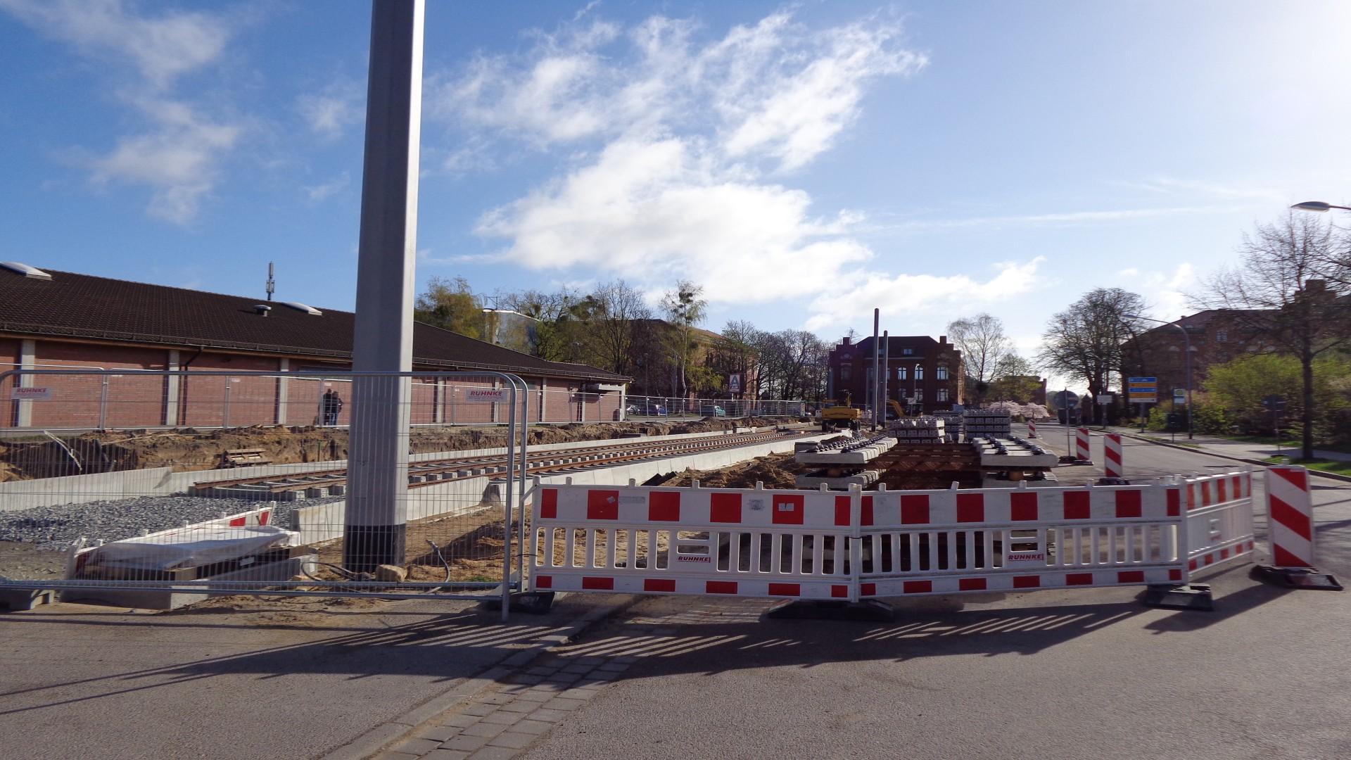 Straßenbahntrasse Georg Hermann Allee/Bereich Rote Kaserne 4