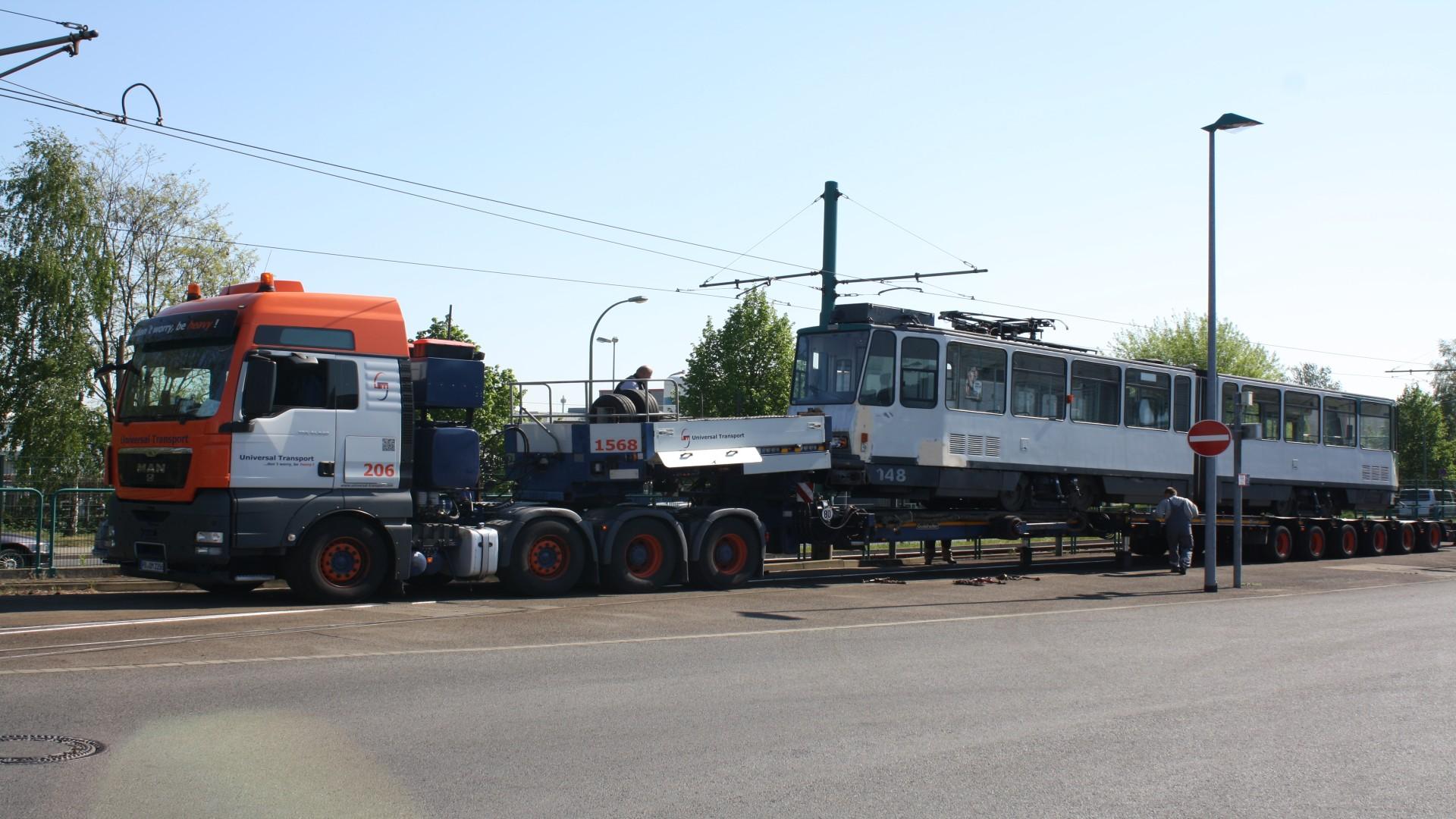 Abtransport Tatra zur Instandsetzung, © ViP