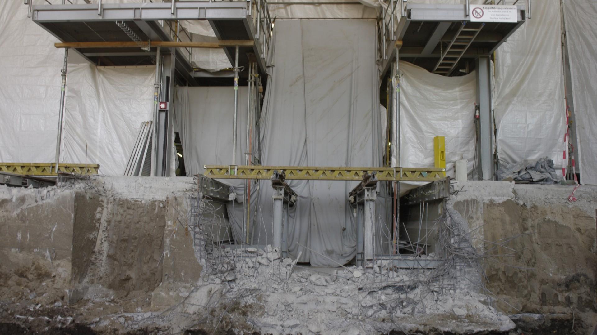 Werkstatt Tram ausgehobene Baugrube für die zukünftige Arbeitsgrube, © Dirk Schwarzer