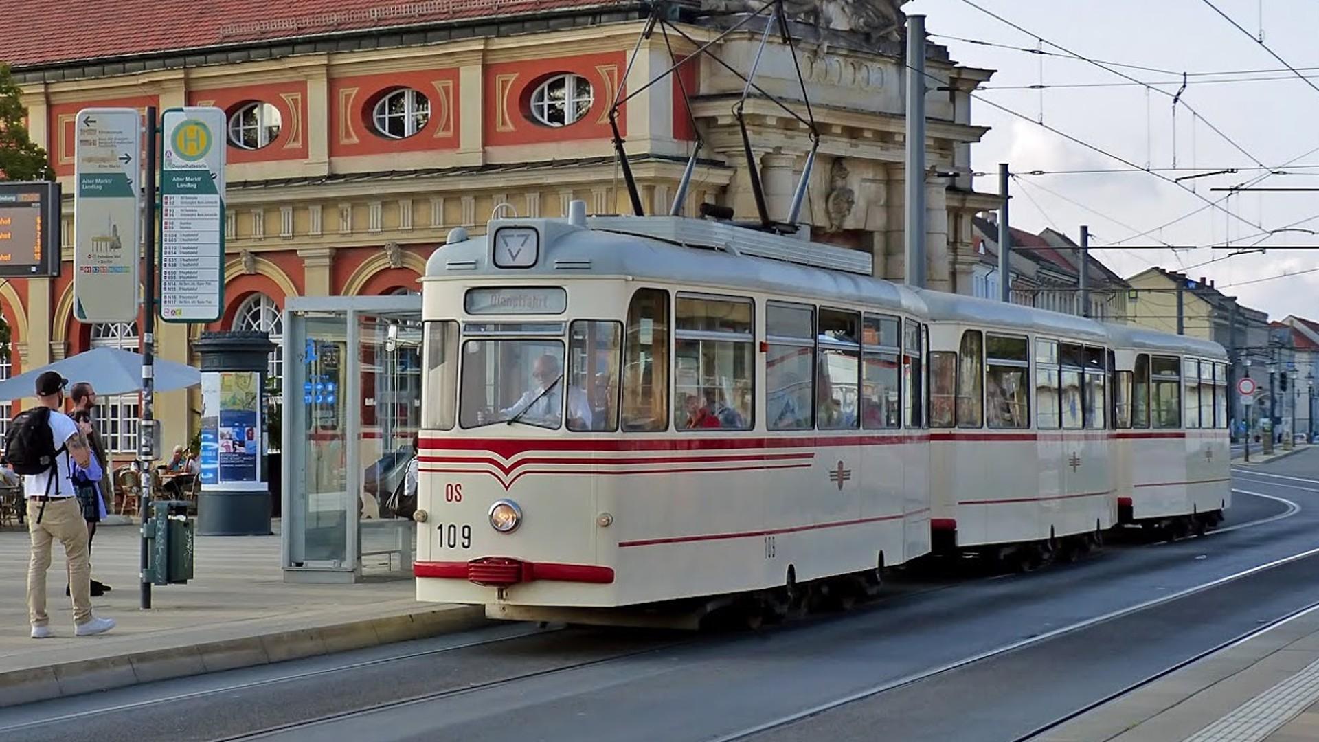 Gotha Dreiwagenzug 109 mit Beiwagen , © R.Leichsenring
