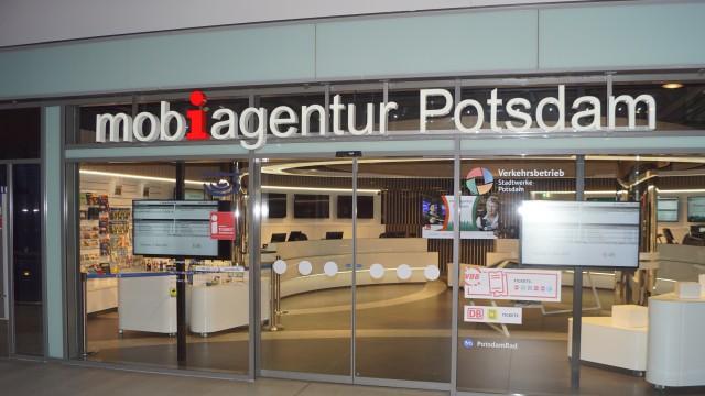 Aussenansicht der mobiagentur Potsdam am S HAuptbahnhof, © ViP